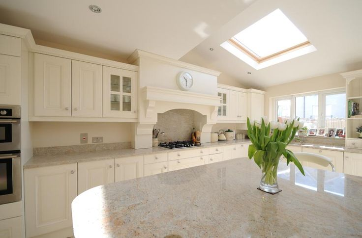 Kitchen Ivory Painted With Kashmir White Granite By