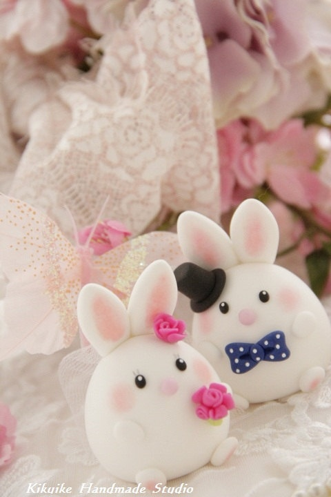 bride and groom rabbit and bunny Wedding Cake Topper