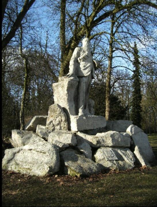 Standbeeld  president Steyn, Deventer.
