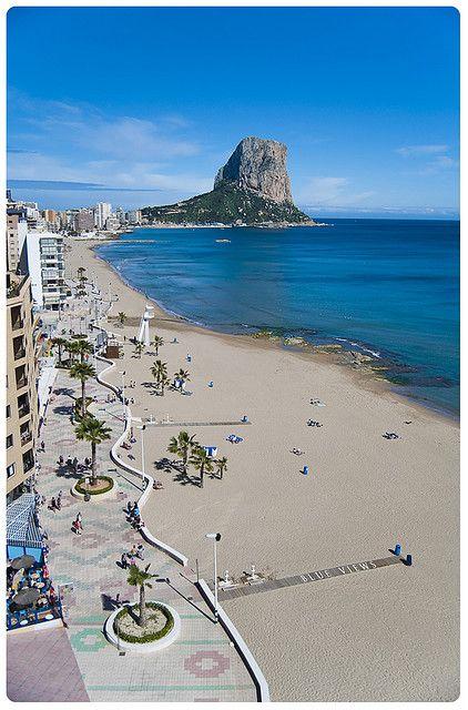 Playa y paseo de Calpe -  Alicante, Comunidad Valenciana