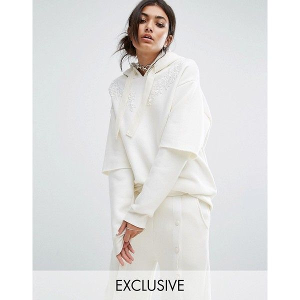 Bones Oversized Hoodie With Double Layer Sleeve And Lace Patches ($39) ❤ liked on Polyvore featuring tops, hoodies, white, streetwear hoodies, white hooded sweatshirt, boyfriend hoodies, sweatshirt hoodies and tall hoodies