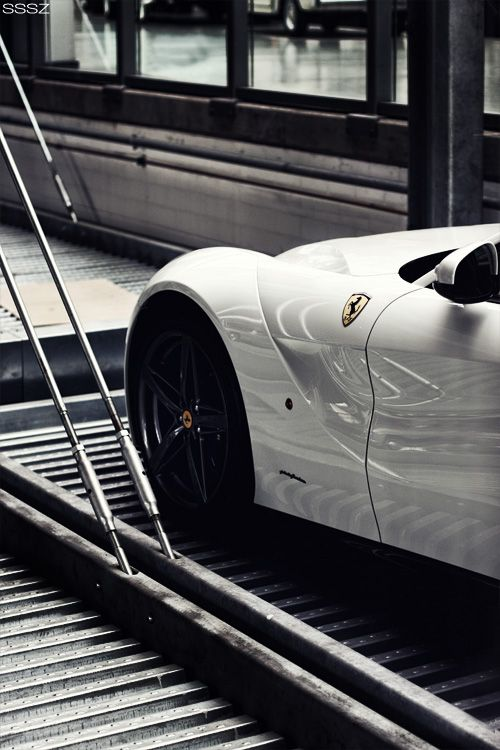 Ferrari F12berlinetta Click the pic to see how a simple 3 step formula can make you money online!