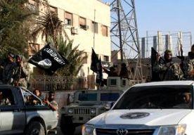 11-Oct-2014 15:56 - JONG IS-MEISJE UIT WENEN WIL TERUG. Een jong meisje uit Oostenrijk, dat zich in Syrië heeft aangesloten bij Islamitische Staat, wil terug naar huis. Ze heeft gebeld met familie in Wenen, schrijven Oostenrijkse media. In het telefoongesprek zei de jihadist dat zij een grote fout heeft gemaakt. Ze zou vinden dat IS veel te ver gaat. Het meisje van 16 vertrok in april, samen met een vriendin die toen 14 was. Inmiddels zijn ze getrouwd met Tsjetsjeense jihadstrijders en...