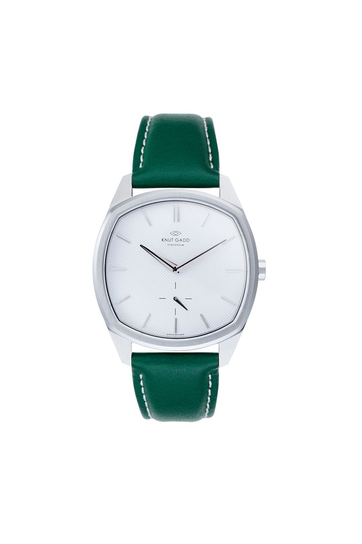 #knutgadd #knutgaddstockholm #watches #greenleather #silverwatch #fashion #wristwatch  #wristband #style