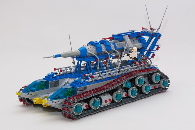Classic Space Rocket Launch and Recovery Vehicle MOC