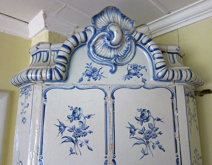 Very old and rare blue and white swedish tiled stove, made in ca 1750. Height 233 cm.