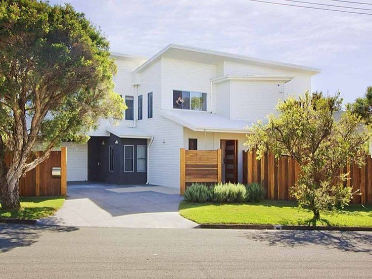 2 Joy Avenue Burleigh Waters