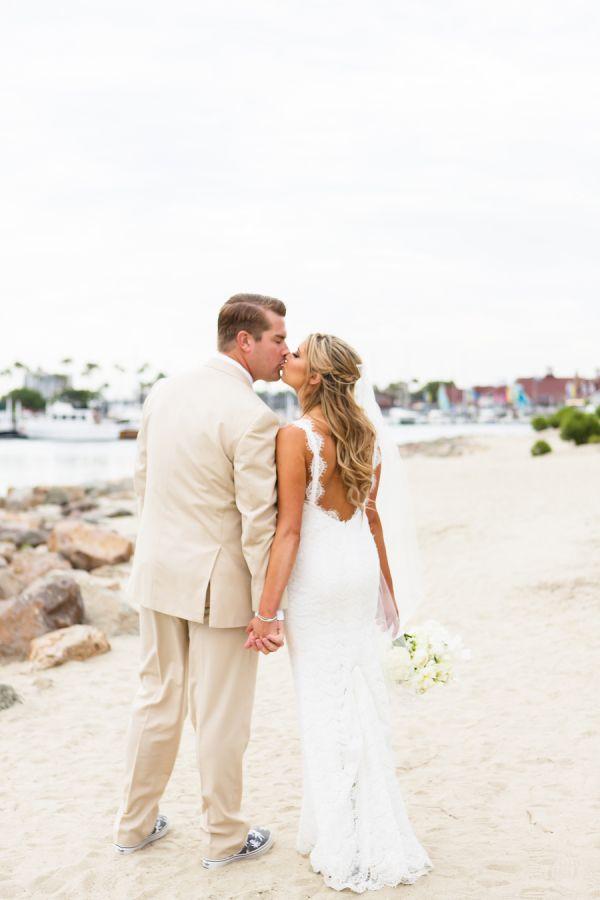 beach wedding places in california%0A Adorable beach wedding  http   www stylemepretty com california