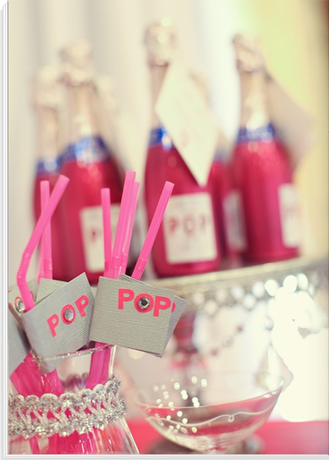 Champagne! POP straws and bottles! Too sweet!Champagne Parties, Parties Starters, Entertaining Parties Ideas, Eve Parties, Nye Parties, New Years Eve, Champagne Straws, Parties Well, Pink Parties