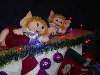Muñecos Navideños Rosaflori: Duende ruiseñor encantador
