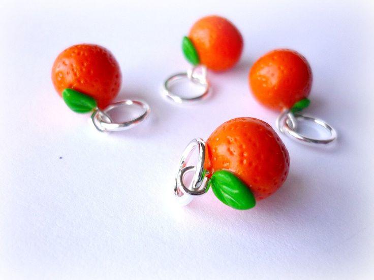 Orange stitch markers, tangarines, satsuma markers, handmade stitch markers, set of 4 - UK seller by AbsoKnittingLutely on Etsy https://www.etsy.com/listing/167973608/orange-stitch-markers-tangarines-satsuma