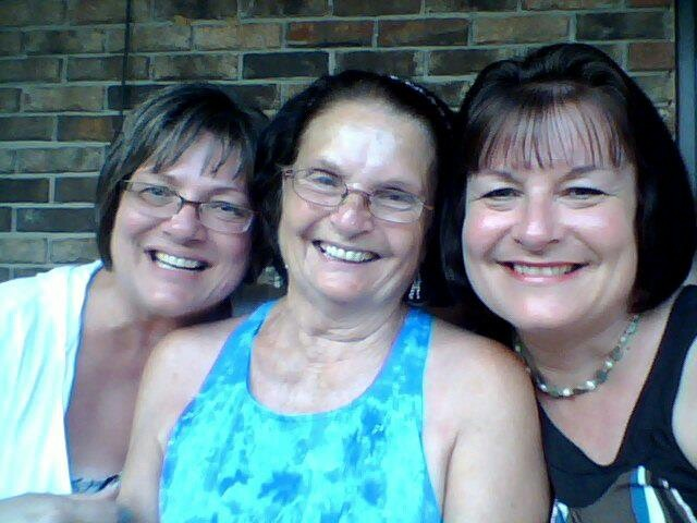 Girls Weekend with my Mom and Sister, Darleen!