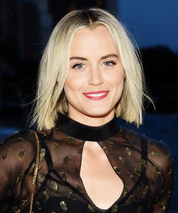 Blonde Hair Tips Colorist Anna Faris Taylor Schilling