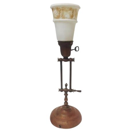 Antique Traditional Table Lamp on Chairish.com
