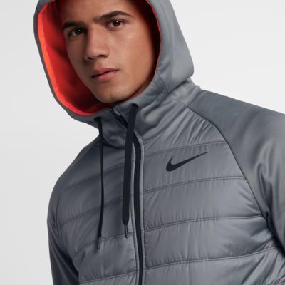 Nike thermal lightweight jacket - perfect for keeping warm on a run or going to the gym without bulk #nike #thermal #jacket #ad #mens #workout #running #lightweight #winter