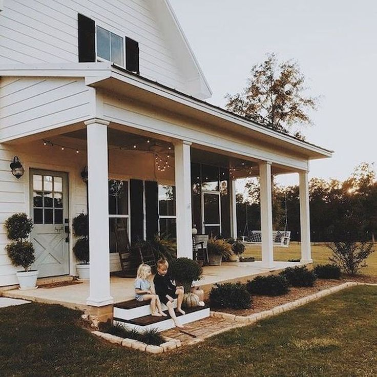 Best 25 Farmhouse Front Porches Ideas On Pinterest