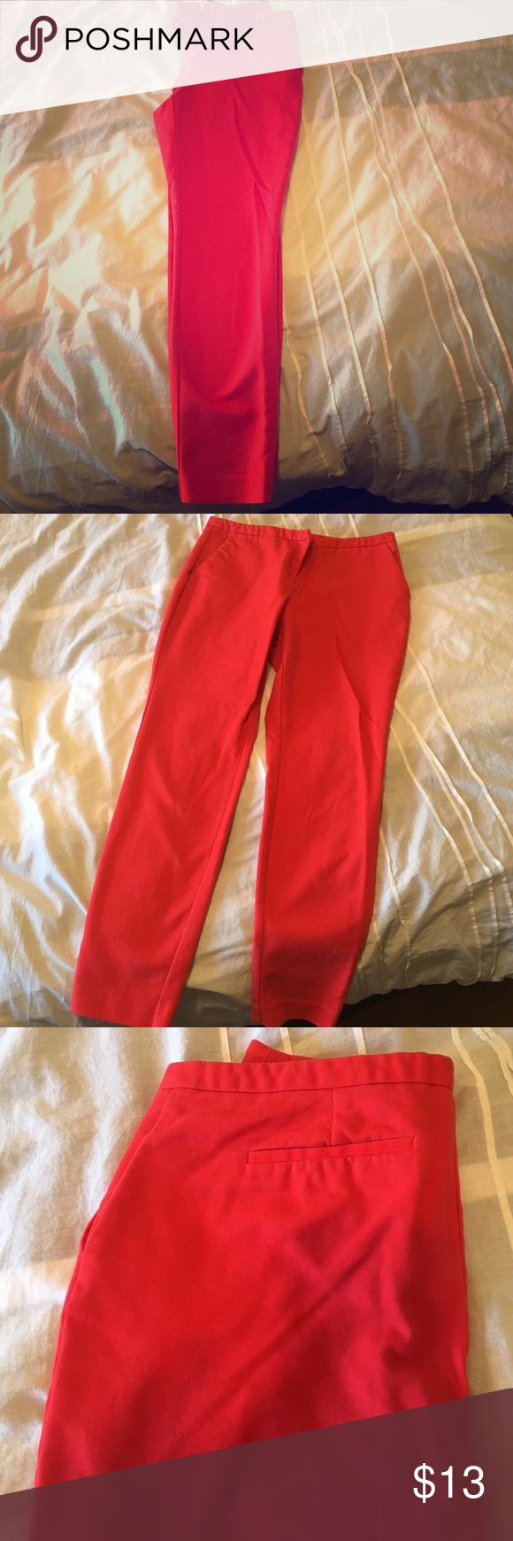 Adorable red skinny pants, size 6. Forever 21 Adorable red skinny forever 21 essentials. Dress them up or wear with a relaxed fit. Forever 21 Pants Ankle & Cropped