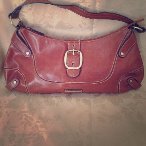 Nine West Purse Beautiful for fall!!! Camel colored Nine West handbag in great condition! Nine West Bags