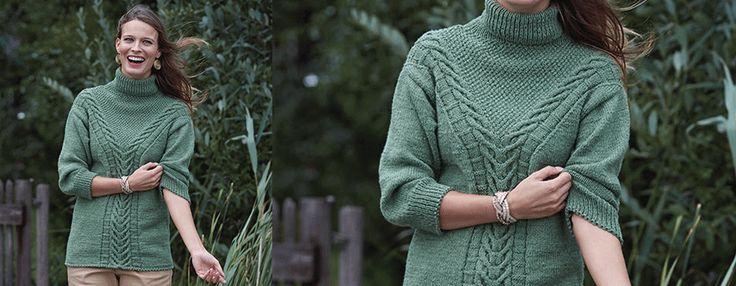 Описание от Schachenmayr, как связать спицами женский свитер с высоким воротом-гольф и красивым узором косы спереди и сзади