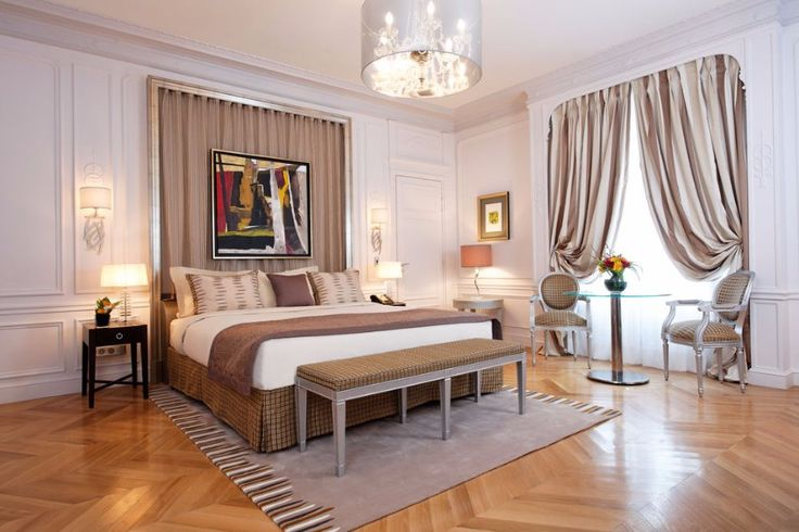 One of the most well-known hotel in Paris / luxurious hotel, boutique hotel, bedroom / #bedroomdecor #homedecor #modern / Read more at : http://www.designcontract.eu/hospitality/stunning-boutique-hotels-lovely-paris/?preview_id=10108&preview_nonce=2d6fcfd483&post_format=standard&_thumbnail_id=10127&preview=true