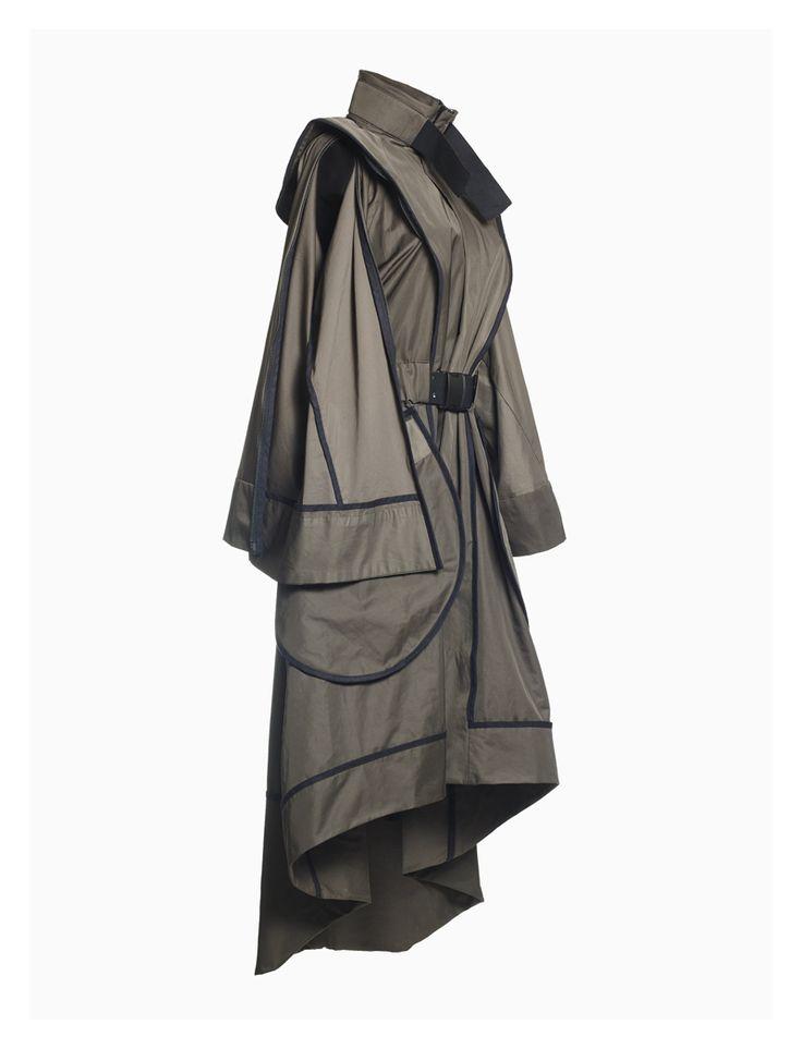 Coat with zippers