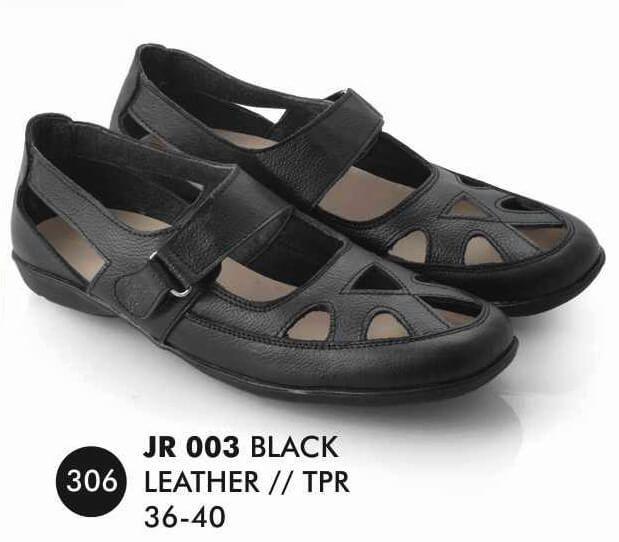 Deskripsi  Warna : Black Ukuran yg tersedia : 36 - 40 Bahan : Kulit SOL : TPR
