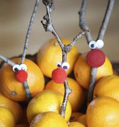 Rascally reindeer Christmas decoration / Aranyos vidám rénszarvasok faágakból / Mindy - craft tutorial collection
