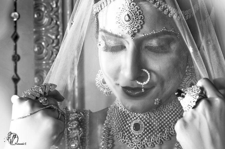 Shaadiwala'S (WEDDING PHOTOGRAPHY)Photography by Photuwala'S  For more info www,photuwalas.com mail us info@photuwalas.com
