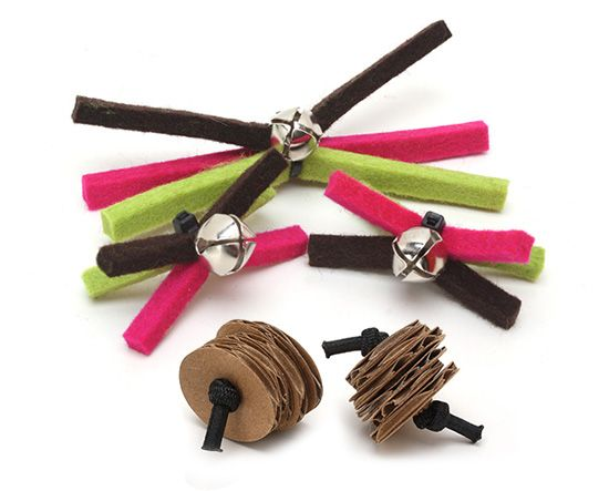 I'm pretty sure I can make these small cat toys with materials I already have in the house!