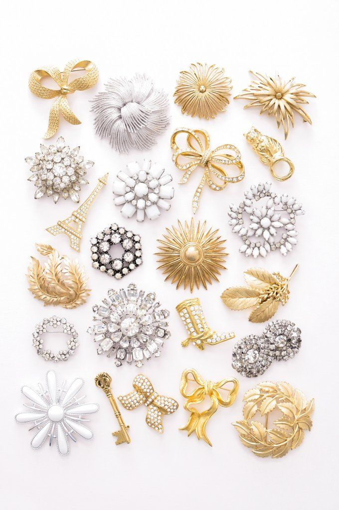 Vintage brooches from Sweet & Spark.