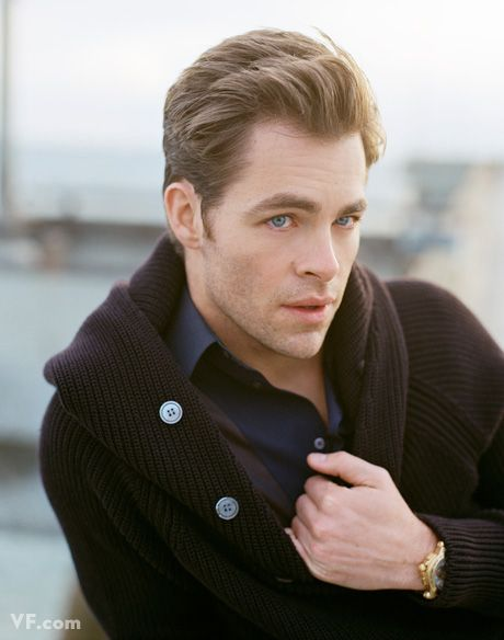 Google Image Result for http://backseatcuddler.com/wp-content/uploads/2009/05/chris-pine-outtakes.jpg