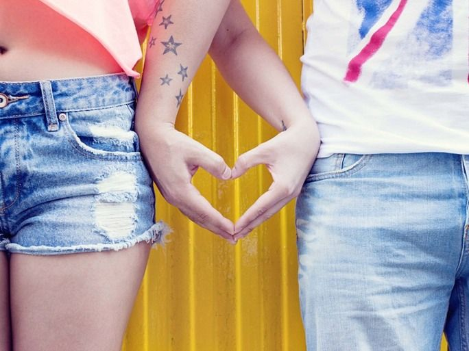 How To Keep Both Partners In A Relationship Interested, According To An Expert | Bustle