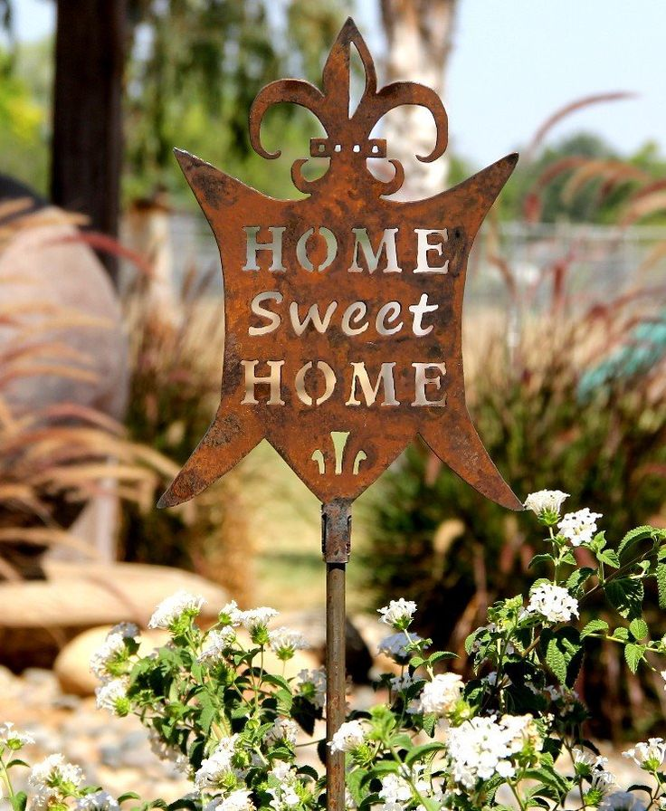 10 best Yard Stakes images on Pinterest | Garden art, Garden stakes ...