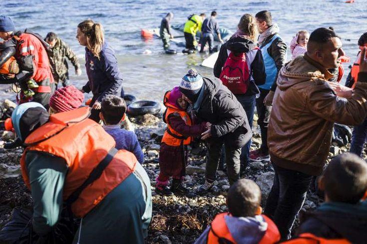 Refugee Arrivals to Greek Islands Increase, Hoteliers Request Debt Freeze