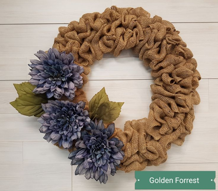 Burlap Wreath with Flowers  #goldenforrest #goldenforrestcreations #wreath #doordecor  #burlap #burlapwreath #flowers
