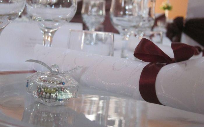 Marturii de nunta pentru a multumi invitatilor bomboniera