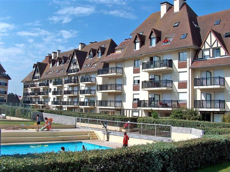 Location Cabourg Interhome, promo Normandie location Appartement Les Normandières, Cabourg prix promo Interhome 296,00 € TTC pour 7 nuits