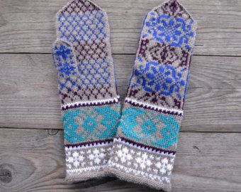 White and Turquoise Wool Mittens Long Wool Gloves by lyralyra
