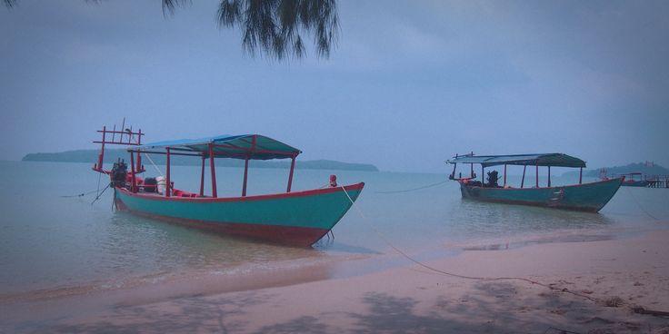 Sihanoukville: bamboo beach-hut chillings - Coddiwompling