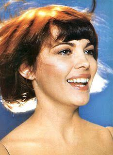 CZ REPORT NEWS: Mireille Mathieu a šansony - La paloma