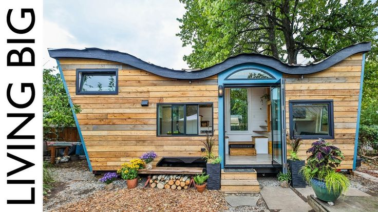 Natural Built Tiny House Incorporates Biophilic Design And A Living Roof Love The Shoe Storage At 10 11 Living Roofs Tiny House Design Natural Building