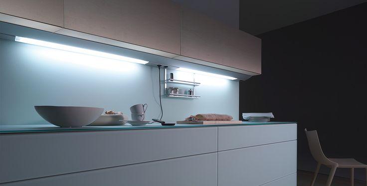 die besten 25 led unterbauleuchte ideen auf pinterest. Black Bedroom Furniture Sets. Home Design Ideas
