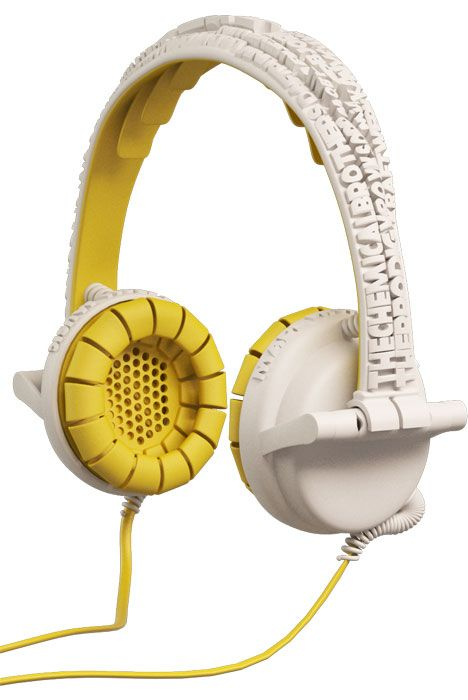 street_headphones_brian_garret_schuur_yellow.jpg