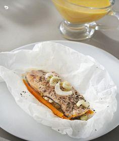 FIilete de trucha en papillote - Vasitos de arroz -Salsa de zanahoria y apio - thermomix