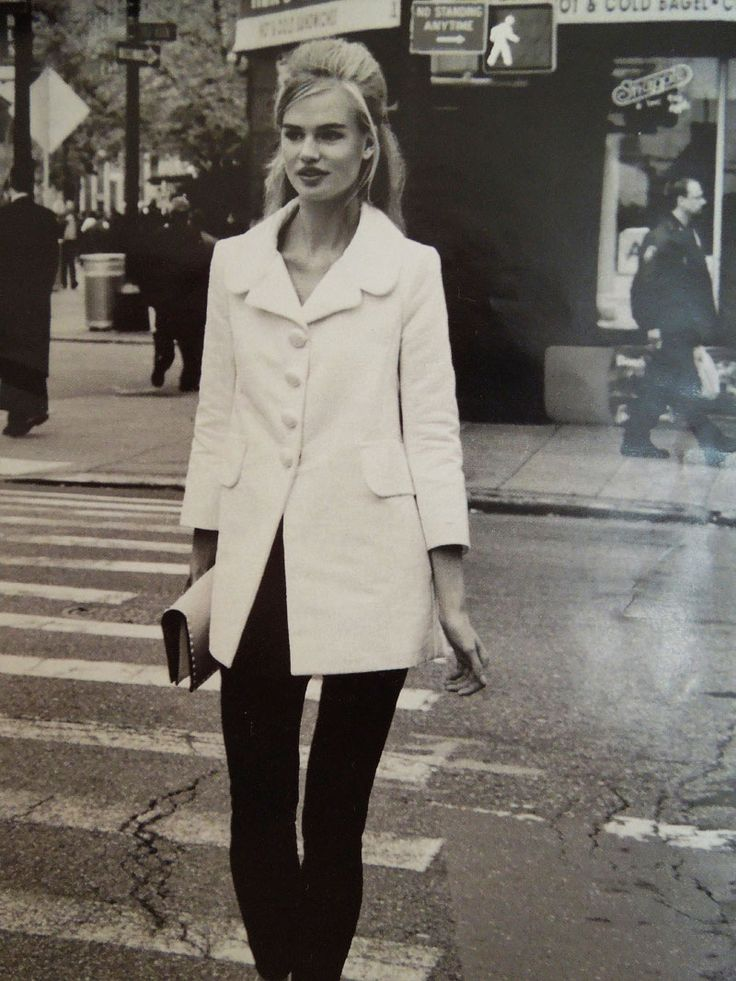 60s fashion- love the coat, just like the one I spotted in Macy's :)
