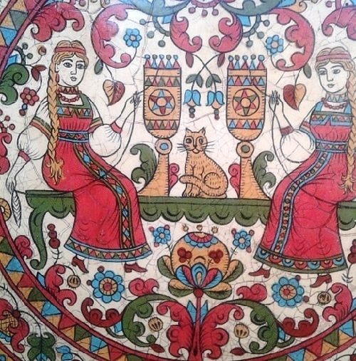 Plate 'Maid beauty'. Decorative plate hand-painted in Severodvinsk style. Traditional Russian wood painting by Albina Ustyugova
