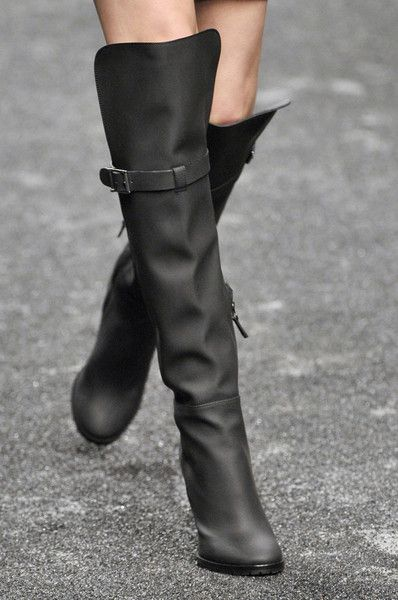 Blumarine boots: Shoes, Fashion, Milan Fall, Boots Knee, Style, Knee High Boots, Knee Boots, Blumarin Boots, Black Boots