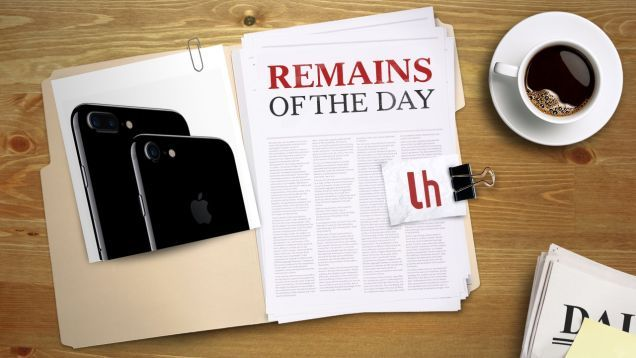 Remains of the Day: Apple Fixes iPhone 7 Connectivity Issues in Latest iOS Update