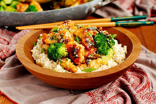 Lighter Sesame Chicken satisfies my craving for Chinese take-out, without all the calories that usually come along with it. Gluten-free, too! #glutenfree | iowagirleats.com