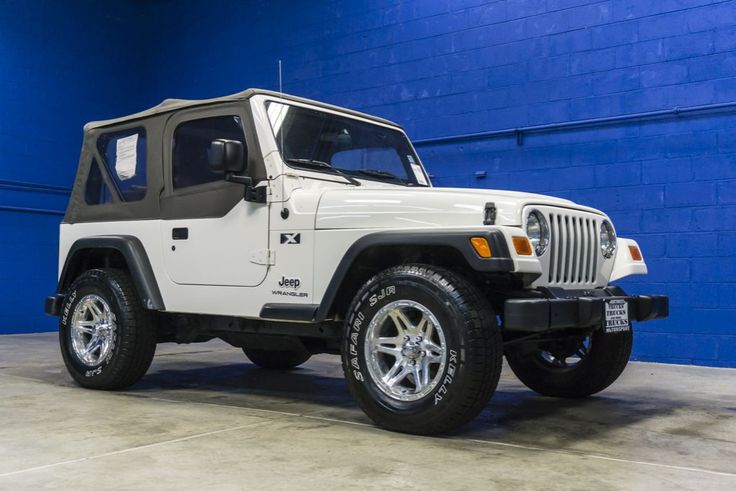 Awesome Soft Top 2004 Jeep Wrangler X 4x4 Jeep for Sale at Northwest Motorsport